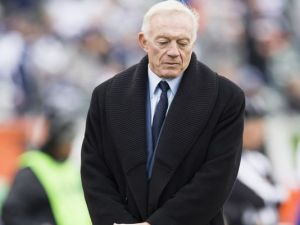 Jerry Jones looks sad